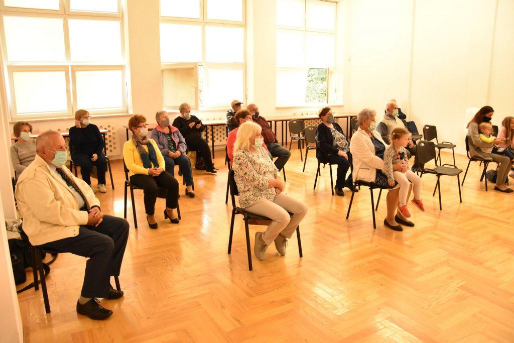 Zgromadzona publiczność